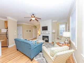 Cozy House with DVD Player and Microwave - Lincoln Beach vacation rentals