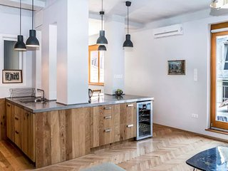 Spacious Rooftop Terraced 2 Bedroom City Apartment - Budapest vacation rentals