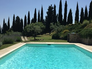 Charming farmhouse pool and stunning view. - San Giustino Valdarno vacation rentals