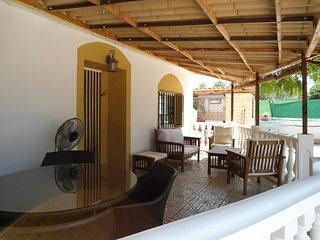 Belle Villa espagnole  avec jardin et piscine privé proche de Valence - Gilet vacation rentals