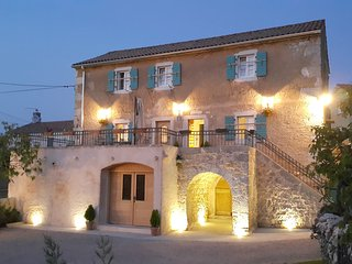 Villa Ca'Pietra, Family-friendly ancient house - Malinska vacation rentals