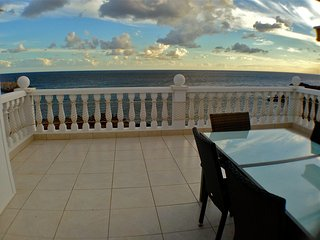 First line, 2-bed, terrace 30 sq.m above the ocean - Golf del Sur vacation rentals