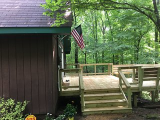 Atypical Cabin with wifi, cable, etc. - Monteagle vacation rentals