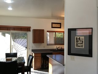 Beautiful House with Internet Access and A/C - Casas Adobes vacation rentals