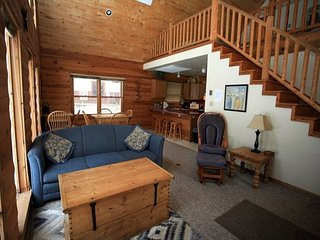 Log Cabin, 8 minute walk to town, across from river trail - Ouray vacation rentals