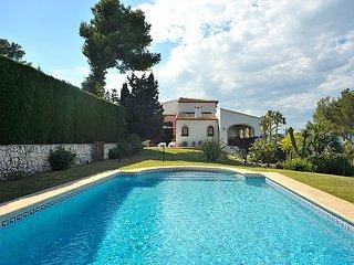 4 bedroom Villa in Javea, Costa Blanca, Spain : ref 2011032 - Xabia vacation rentals