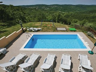 4 bedroom Villa in Motovun, Istria, Croatia : ref 2043699 - Karojba vacation rentals