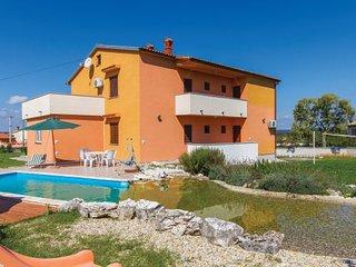 6 bedroom Villa in Krnica, Istria, Croatia : ref 2045461 - Bratulici vacation rentals