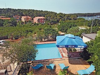 6 bedroom Villa in Pula Vinkuran, Istria, Pula, Croatia : ref 2045956 - Vinkuran vacation rentals