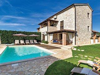 3 bedroom Villa in Porec, Istria, Croatia : ref 2087897 - Filipini vacation rentals