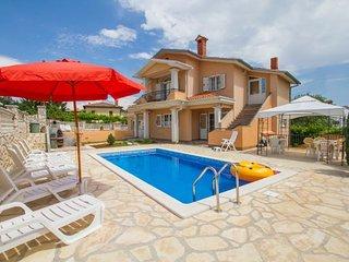 4 bedroom Villa in Labin, Istria, Croatia : ref 2088040 - Vinez vacation rentals