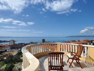 4 bedroom Apartment in Makarska, Central Dalmatia, Croatia : ref 2095327 - Bratus vacation rentals