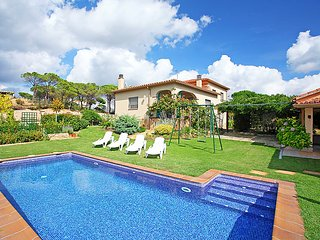 3 bedroom Villa in Vidreres, Costa Brava, Spain : ref 2099339 - Vidreres vacation rentals