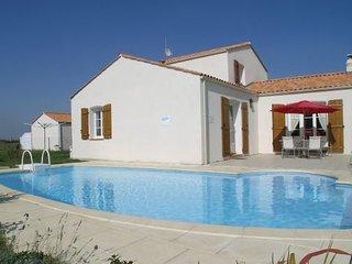 4 bedroom Villa in Bretignolles sur Mer, Vendee, France : ref 2184033 - Bretignolles Sur Mer vacation rentals