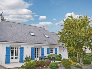 6 bedroom Villa in Penestin, Morbihan, France : ref 2220081 - Penestin vacation rentals