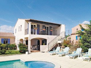 2 bedroom Apartment in Lauris, Vaucluse, France : ref 2220488 - Puyvert vacation rentals