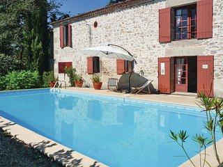4 bedroom Villa in Tonneins, Lot Et Garonne, France : ref 2220999 - Clairac vacation rentals