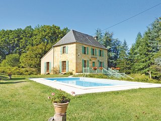 4 bedroom Villa in Gourdon, Lot, France : ref 2221383 - Frayssinet-le-Gelat vacation rentals