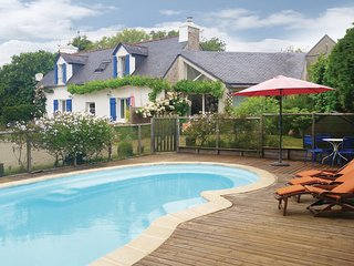 2 bedroom Villa in Benodet, Finistere, France : ref 2221436 - Benodet vacation rentals