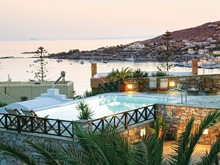 4 bedroom Villa in Syros Island Cyclades, Syros, Greece : ref 2222090 - Finikas vacation rentals