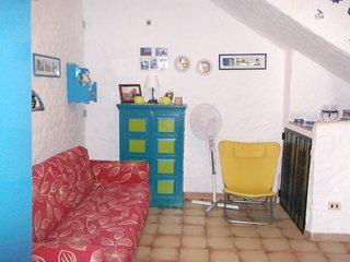 Bright 3 bedroom Capo Comino House with Internet Access - Capo Comino vacation rentals