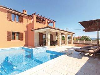 3 bedroom Villa in Duga Uvala-Kavran, Duga Uvala, Croatia : ref 2238527 - Kavran vacation rentals
