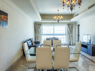 05 High floor 1BD in Fairmont Residence ! - Palm Jumeirah vacation rentals