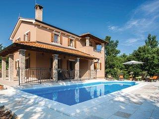 4 bedroom Villa in Krk-Kras, Island Of Krk, Croatia : ref 2277062 - Garica vacation rentals