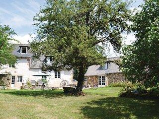 4 bedroom Villa in Peyrignac, Dordogne, France : ref 2279364 - Chatres vacation rentals