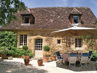 5 bedroom Villa in St. Avit Riviere, Dordogne, France : ref 2279383 - Saint-Avit-Riviere vacation rentals