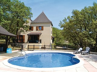 4 bedroom Villa in Montgesty, Lot, France : ref 2279480 - Les Arques vacation rentals