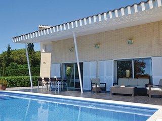 5 bedroom Villa in Arenys de Munt, Costa De Barcelona, Spain : ref 2280777 - Arenys de Munt vacation rentals