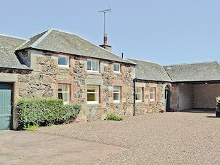 Converted Georgian stables cottage close to beaches & golf in historic village - Dunbar vacation rentals