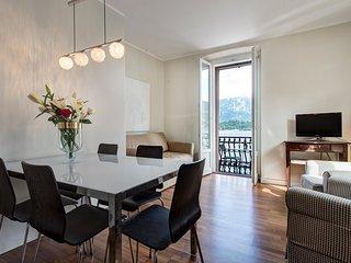 Lovely 2 bedroom Griante Condo with Internet Access - Griante vacation rentals