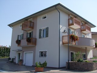 Nice Condo with Balcony and Central Heating - Nanno vacation rentals