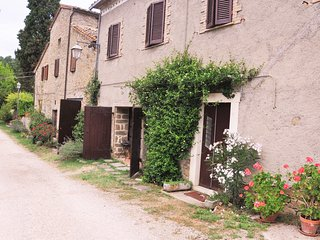 Ca de Lelli, 5 bed holiday rental house with pool. Private and secluded. - Mercatale di Cortona vacation rentals