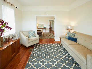 Close to Downtown New Orleans & French Quarter, Fully Furnished/Equipped, 2/1 - Gretna vacation rentals