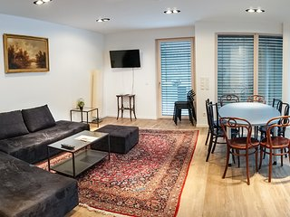 Perfect 3 bedroom Vienna Condo with Internet Access - Vienna vacation rentals