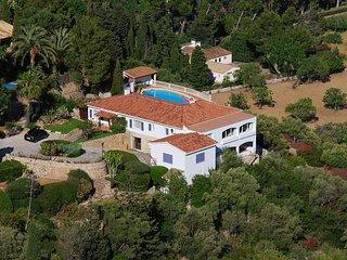 Sea View Villa 6 bedrooms 6 bathrooms Superb Panaramic Views, Pool, WiFi, AC - Pollenca vacation rentals
