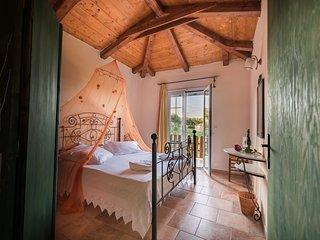Cozy 1 bedroom Cottage in Meso Gerakari - Meso Gerakari vacation rentals