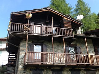 2 bedroom Chalet with Satellite Or Cable TV in Champorcher - Champorcher vacation rentals