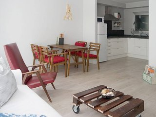In the historical center & close to the beach - L'Estartit vacation rentals