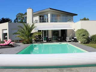 Nice House with Internet Access and Tennis Court - Bruz vacation rentals