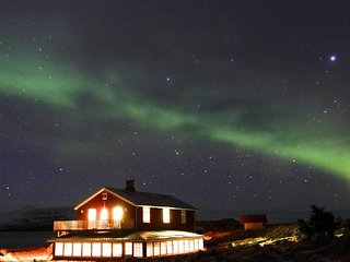 Perfect 6 bedroom Seydisfjordur House with Sauna - Seydisfjordur vacation rentals