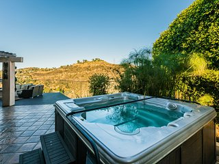Breath-Taking Estate in The Hollywood Hills - West Hollywood vacation rentals