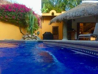 Walled Garden Hacienda. Five bedrooms & pool. Private and secure - La Cruz de Huanacaxtle vacation rentals