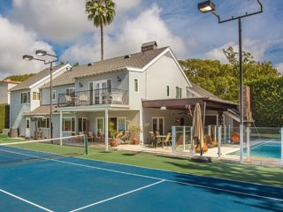 #116 5 Bed Estate Rodeo Drive Neighborhood, Tennis Court & Heated Pool - Beverly Hills vacation rentals