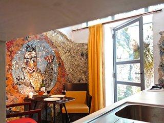 mosaic apartment in le quinquerlet for 2 - Villars en Luberon vacation rentals