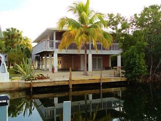 Nice House with A/C and Television in Ramrod Key - Ramrod Key vacation rentals
