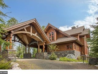 Eagle Point: Elite Wilderness Log Home with Welcoming Porte Cochere and Grand - Ely vacation rentals
